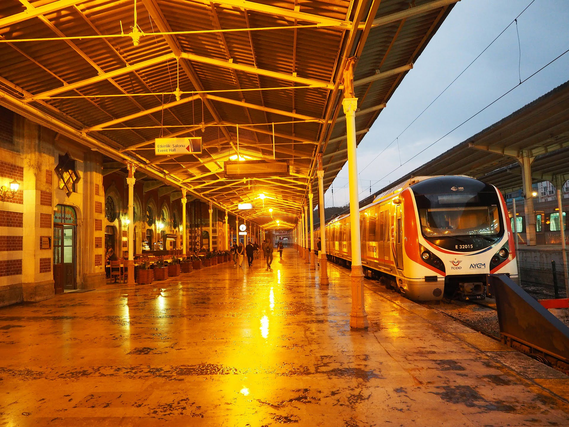 Istanbul high-speed airport-train - Istanbul Vacation Tips
